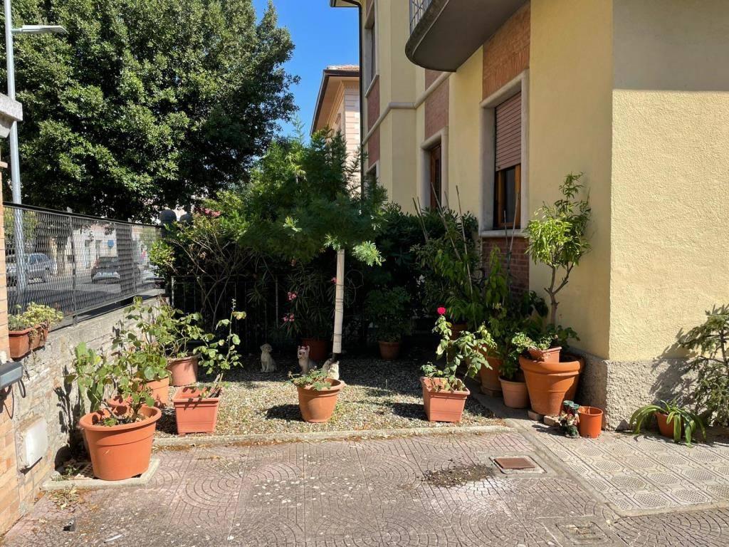 Appartamento in vendita a Siena, 4 locali, zona Località: VIALE CAVOUR, prezzo € 530.000   PortaleAgenzieImmobiliari.it