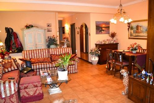 Appartamento in vendita a Serravalle Pistoiese, 6 locali, zona Zona: Stazione Masotti, prezzo € 250.000 | CambioCasa.it