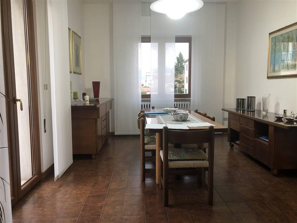 Appartamento in vendita a Pistoia, 6 locali, zona oia nuova, prezzo € 220.000 | PortaleAgenzieImmobiliari.it
