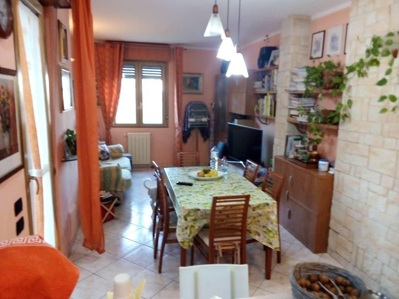 Appartamento in vendita a Pistoia, 4 locali, zona elungo, prezzo € 135.000 | PortaleAgenzieImmobiliari.it