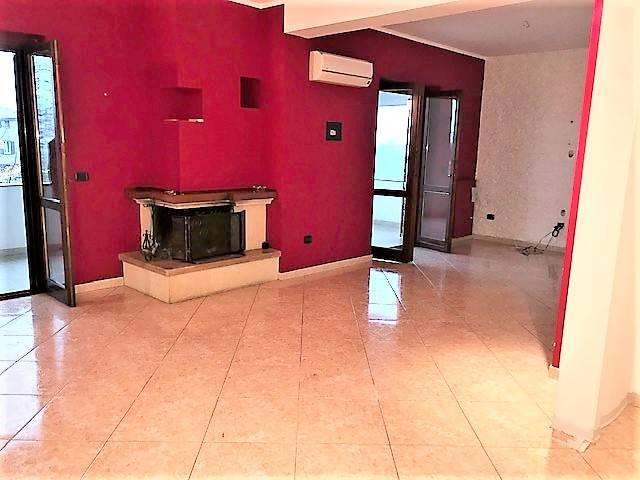 Appartamento in affitto a Mendicino, 4 locali, zona Zona: Di Pasquali, prezzo € 400 | CambioCasa.it