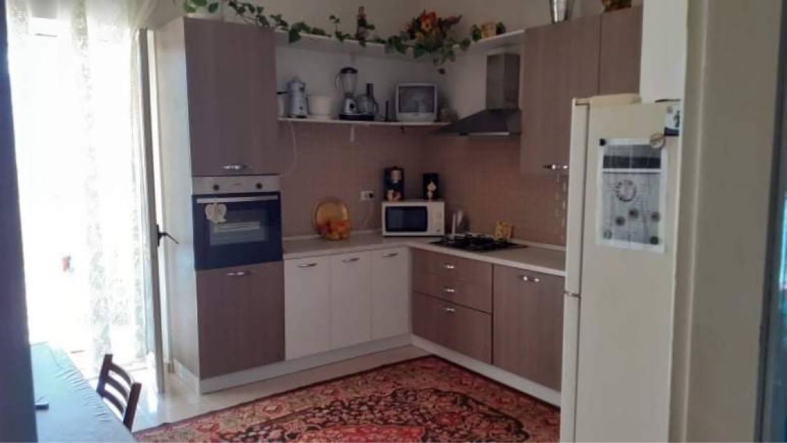 Appartamento in affitto a Montalto Uffugo, 5 locali, zona Località: SETTIMO, prezzo € 350 | CambioCasa.it