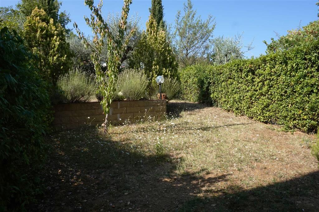 giardino sul retro