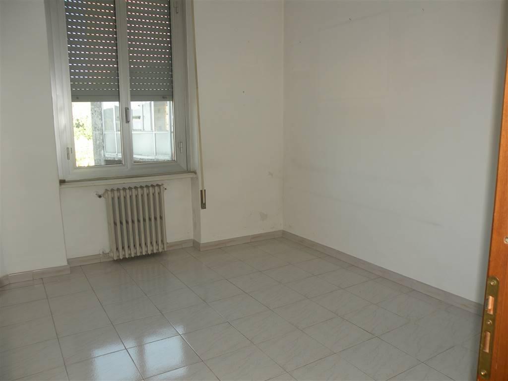 SAN GIUSEPPE, CAIRO MONTENOTTE, Wohnung zu verkaufen von 80 Qm, Gutem, Heizung Unabhaengig, Energie-klasse: G, Epi: 212,56 kwh/m2 jahr, am boden 3°