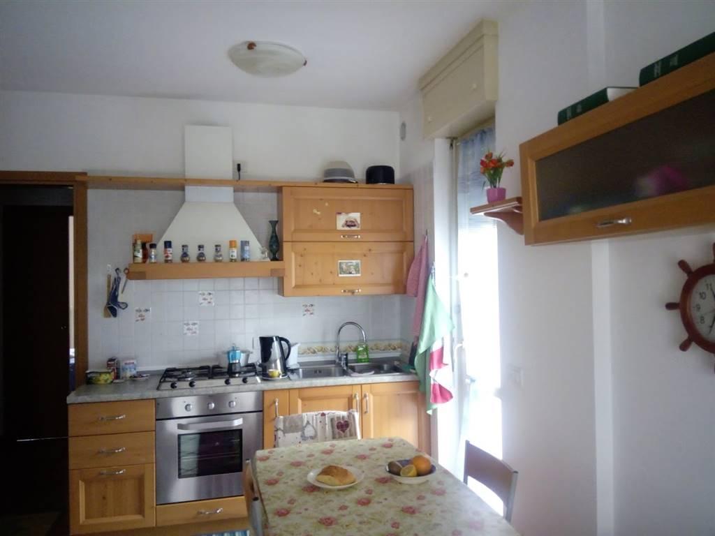 Appartamento in affitto a Sondrio, 2 locali, zona Località: PERIFERICA SUD: VANONI GIULIANI, prezzo € 400 | PortaleAgenzieImmobiliari.it
