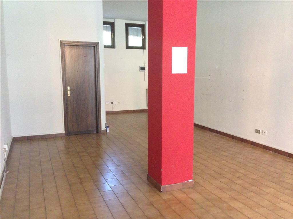 Attività / Licenza in affitto a Sondrio, 1 locali, prezzo € 300 | PortaleAgenzieImmobiliari.it