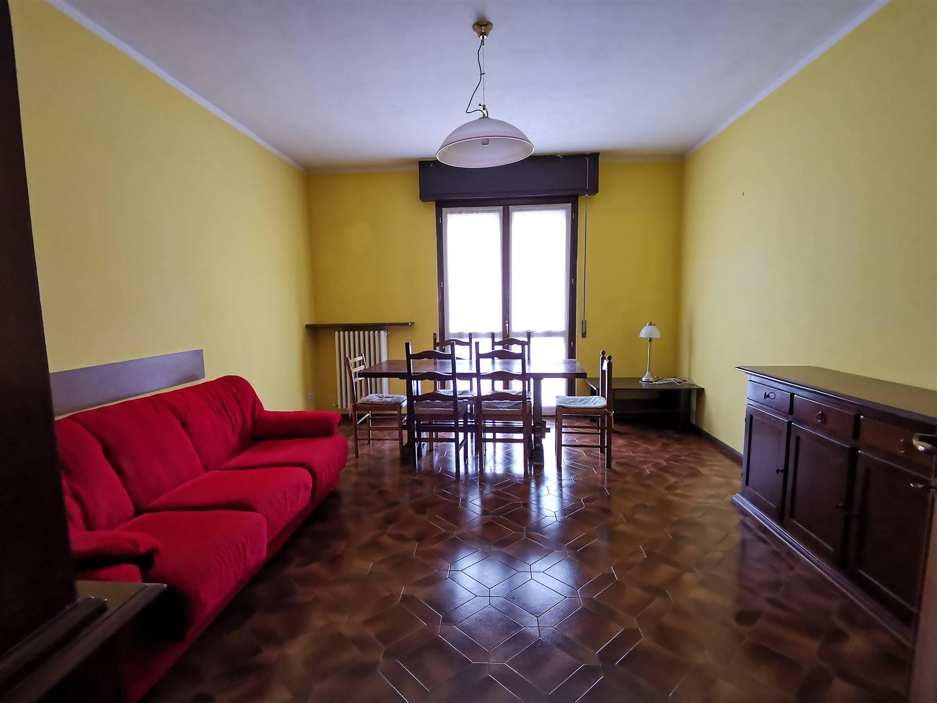 Appartamento in affitto a Sondrio, 4 locali, prezzo € 500   PortaleAgenzieImmobiliari.it