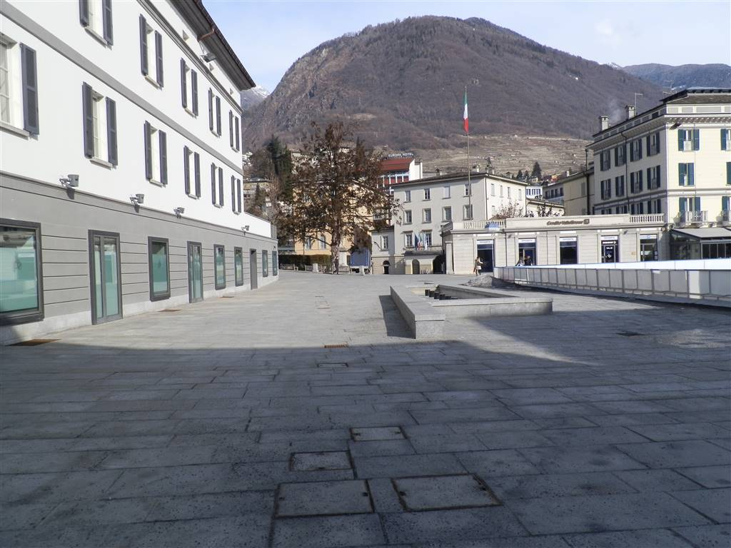 Box / Garage in vendita a Sondrio, 1 locali, zona ro zona Garibaldi, prezzo € 35.000   PortaleAgenzieImmobiliari.it