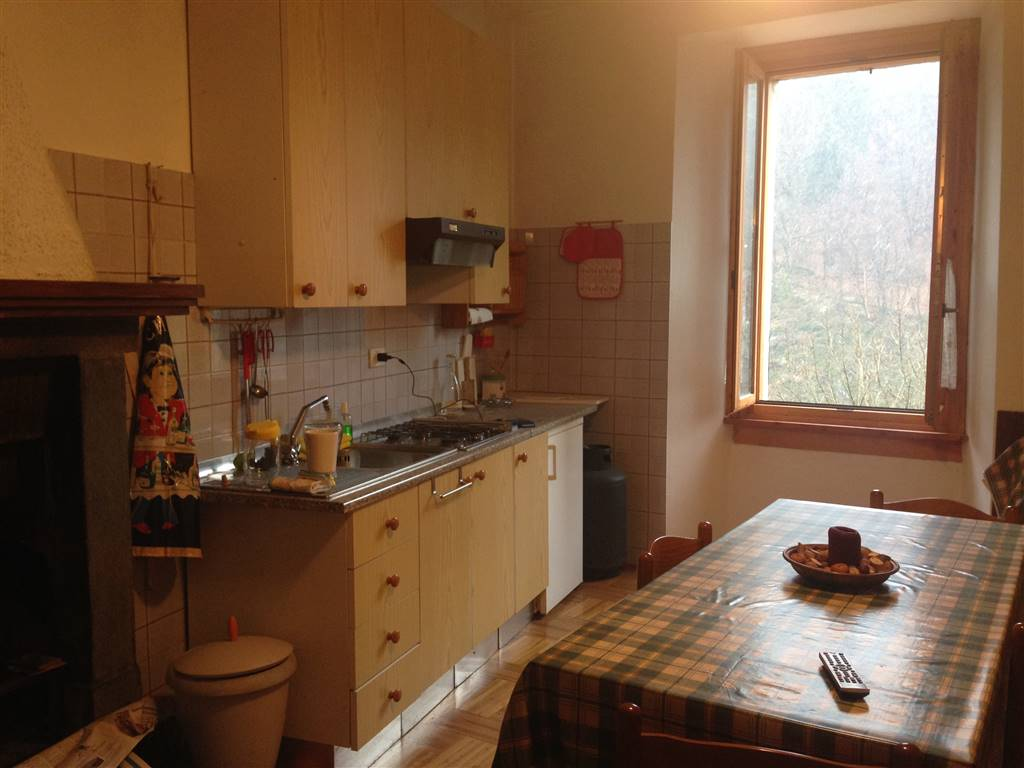 Appartamento in vendita a Ponte in Valtellina, 4 locali, zona Località: CASACCE, prezzo € 58.000 | PortaleAgenzieImmobiliari.it