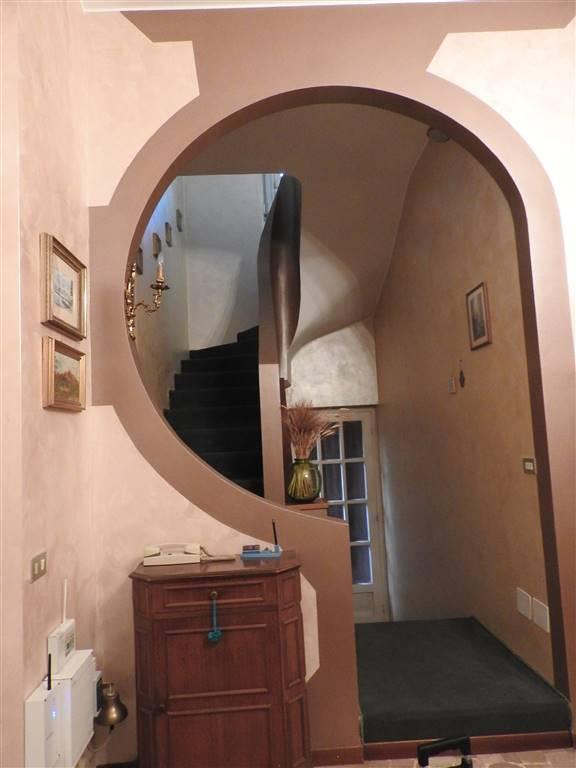 Villa in affitto a Desio, 4 locali, Trattative riservate | CambioCasa.it