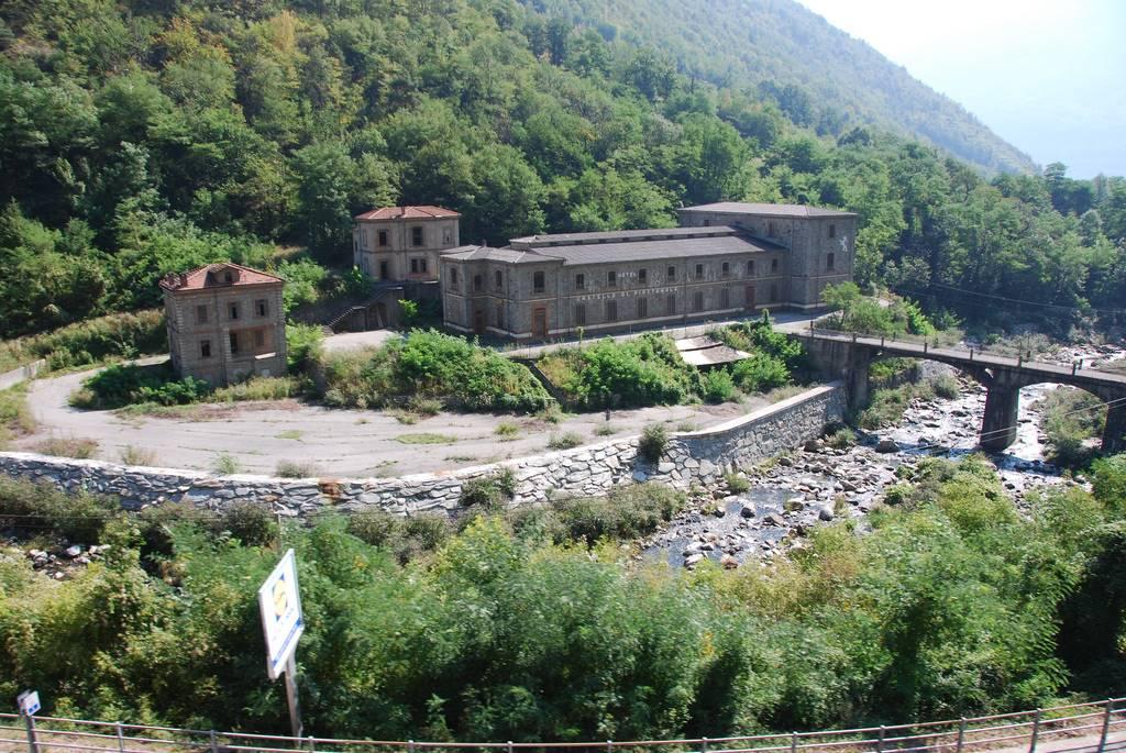 Albergo in vendita a Tirano, 30 locali, prezzo € 650.000 | PortaleAgenzieImmobiliari.it