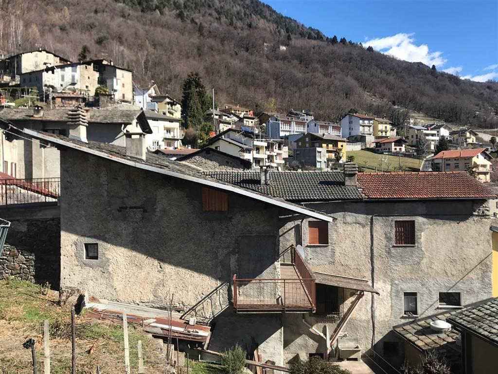 Appartamento in Vendita a Castione Andevenno