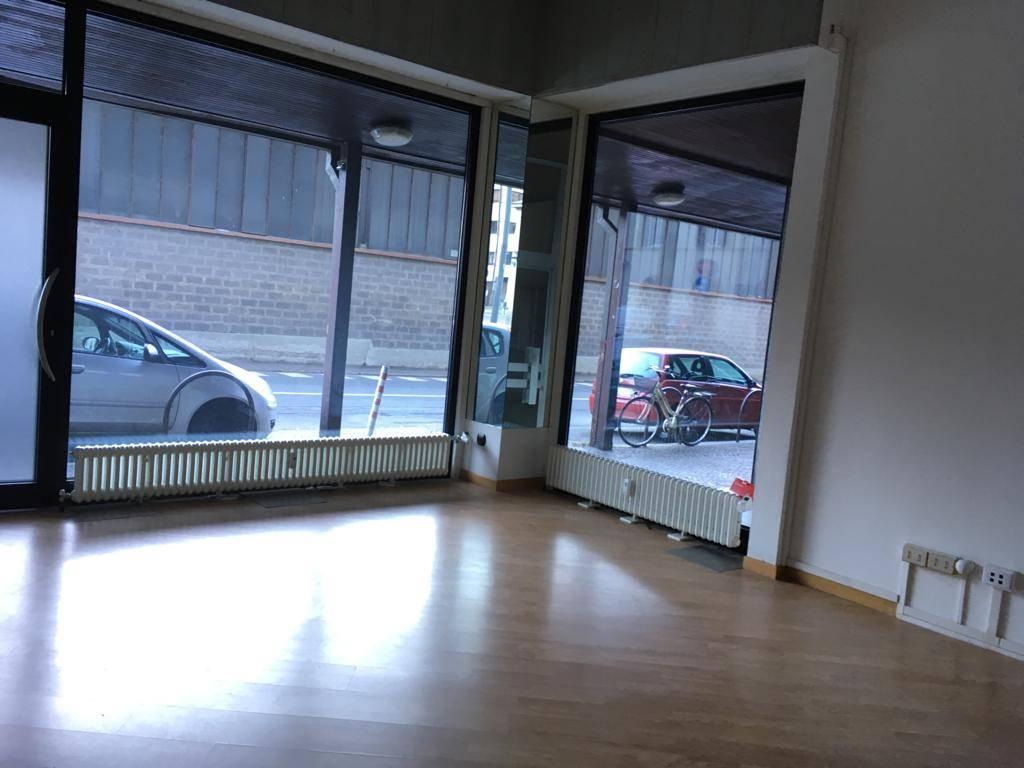 Negozio / Locale in affitto a Sondrio, 1 locali, prezzo € 350 | PortaleAgenzieImmobiliari.it
