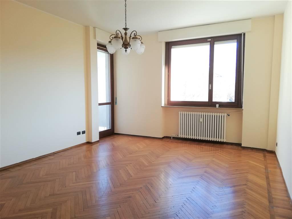 Appartamento in vendita a Sondrio, 5 locali, zona Località: CENTRO, prezzo € 135.000   PortaleAgenzieImmobiliari.it