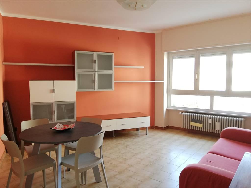 Appartamento in affitto a Sondrio, 3 locali, zona Località: SEMICENTRALE MAZZINI A.MORO, prezzo € 400 | PortaleAgenzieImmobiliari.it