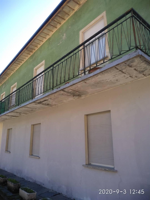 Soluzione Semindipendente in vendita a Ardenno, 9 locali, zona Zona: Masino, prezzo € 77.000 | CambioCasa.it