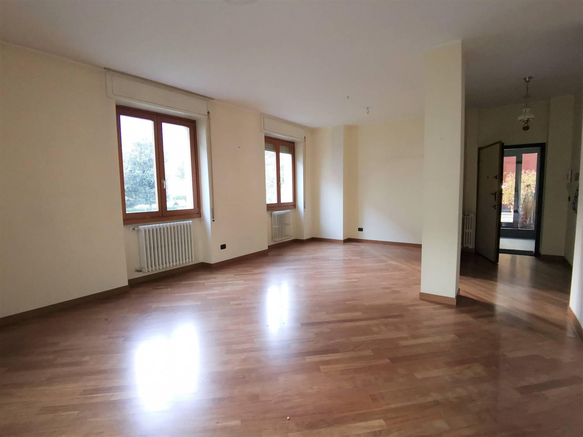 Appartamento in affitto a Sondrio, 5 locali, prezzo € 600 | PortaleAgenzieImmobiliari.it