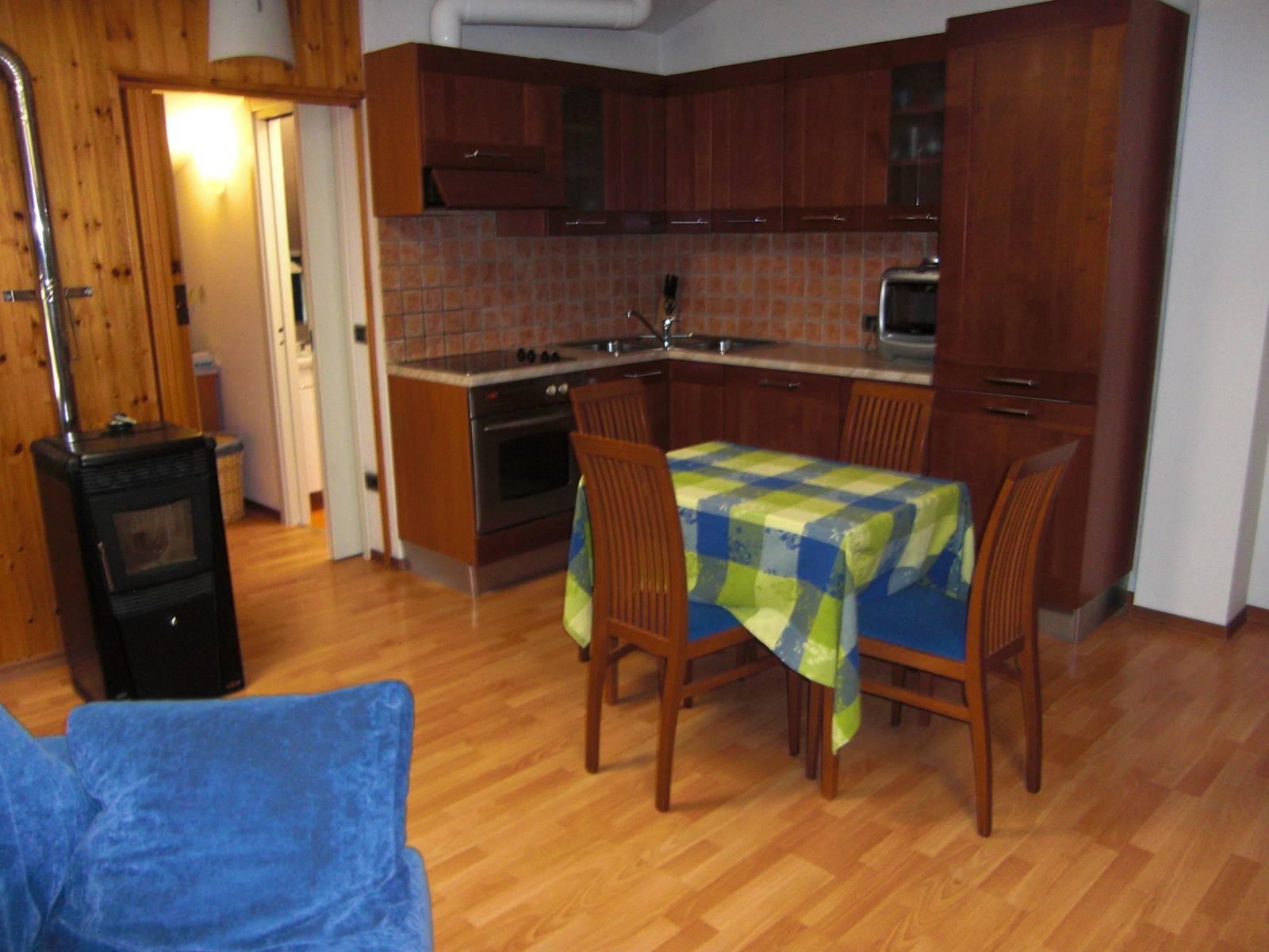Appartamento in affitto a Sondrio, 2 locali, zona Località: SEMICENTRALE, prezzo € 350 | PortaleAgenzieImmobiliari.it