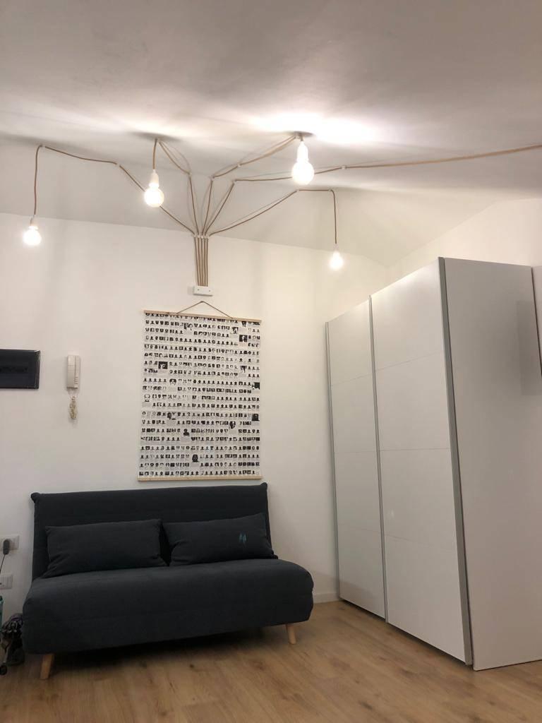 Attico / Mansarda in affitto a Sondrio, 1 locali, zona Zona: Semic. zona via Lusardi, prezzo € 370   CambioCasa.it