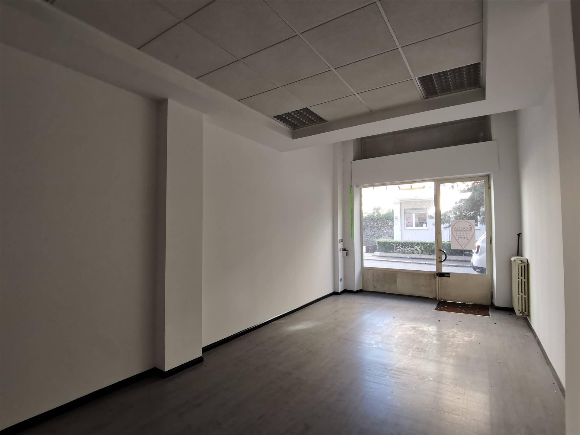 Negozio / Locale in affitto a Sondrio, 1 locali, zona ro zona Ospedale, prezzo € 600 | PortaleAgenzieImmobiliari.it