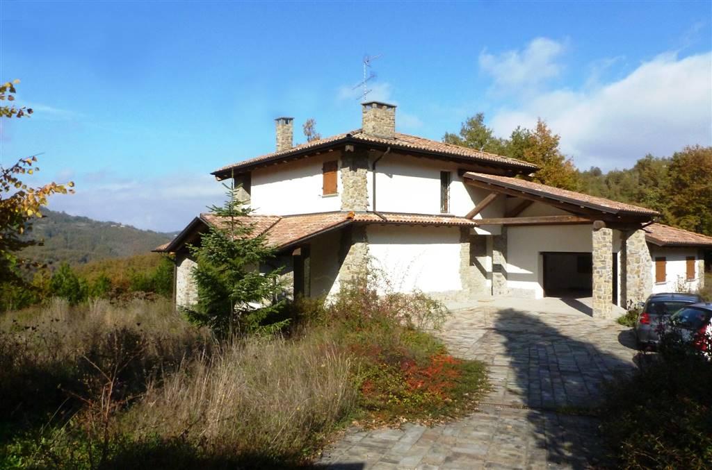 Villa, San Benedetto Val Di Sambro, in ottime condizioni