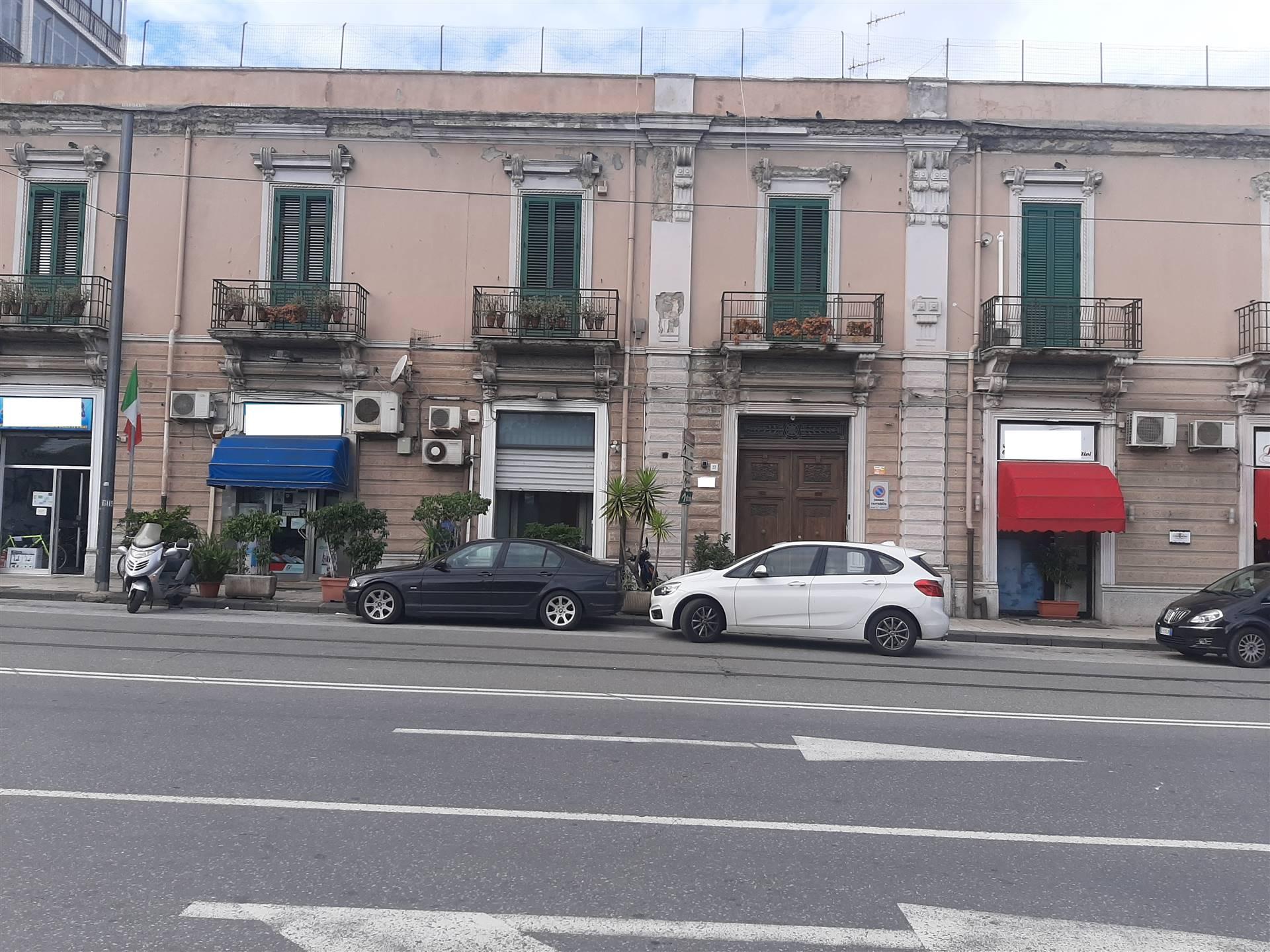 Attività / Licenza in Affitto a Messina