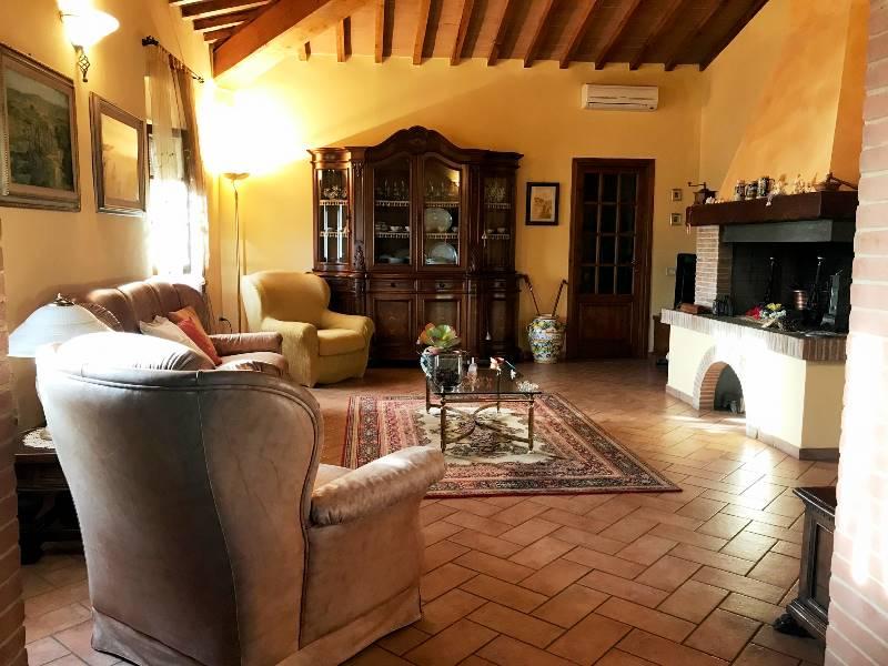 CaseFirenze - Terratetto, Certaldo, in ottime condizioni