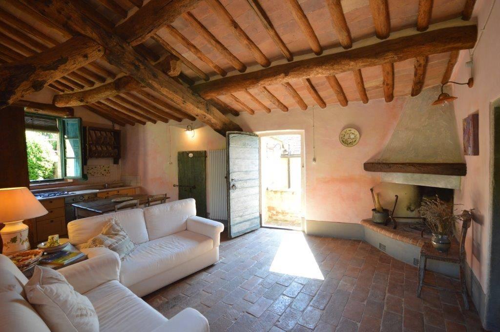 Rustico casale, Castellina In Chianti, in ottime condizioni