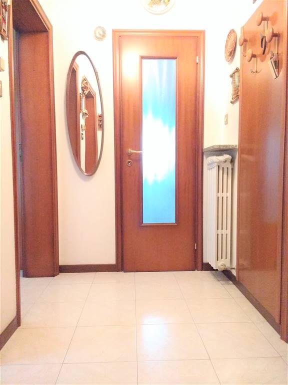 appartamento piano rialzato ingresso