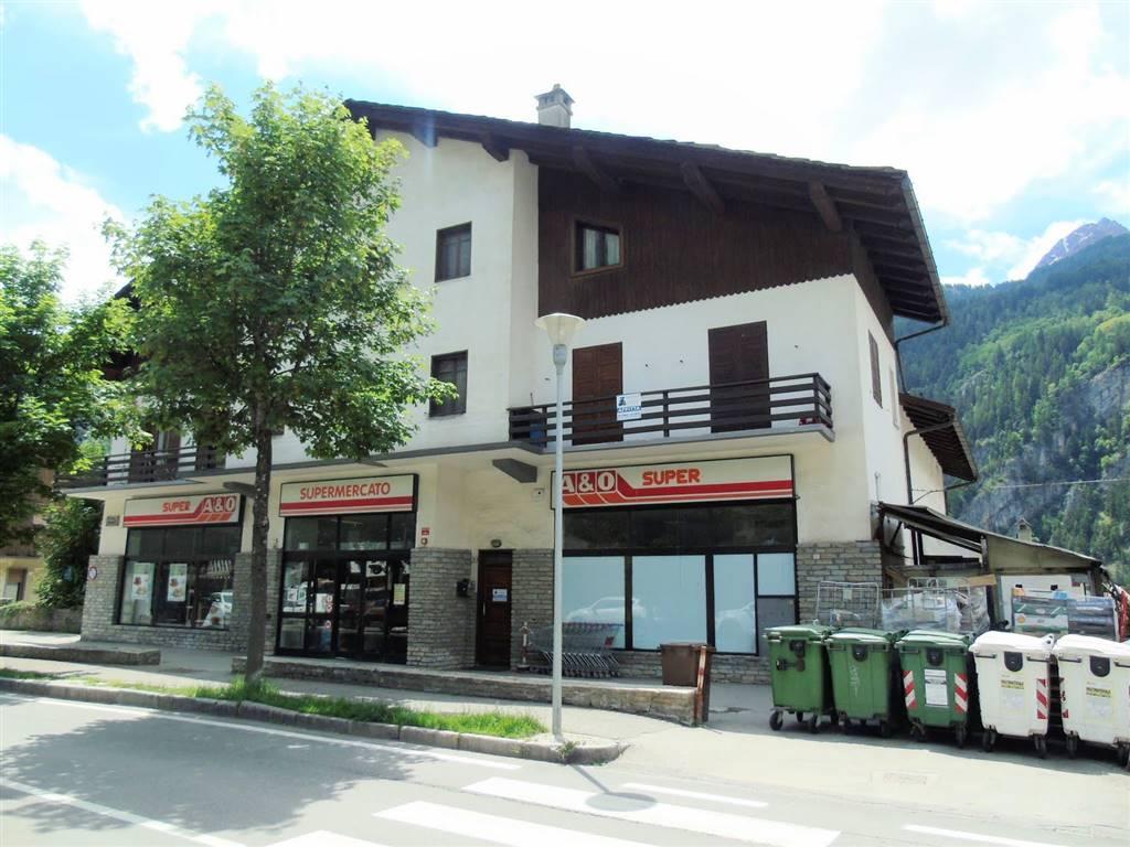 Appartamento in affitto a Courmayeur, 2 locali, prezzo € 650 | CambioCasa.it