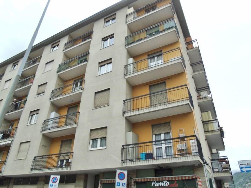 Trilocale, Centro, Aosta, ristrutturato