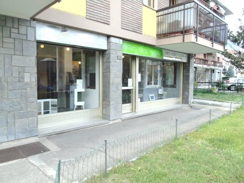 Negozio / Locale in affitto a Aosta, 1 locali, zona Zona: Centro, prezzo € 850 | CambioCasa.it