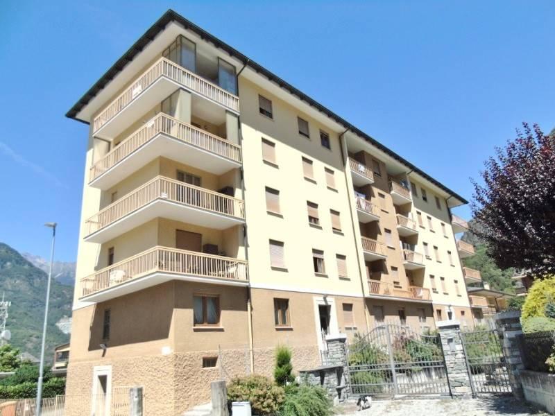 Appartamento in vendita a Verres, 3 locali, prezzo € 55.000 | CambioCasa.it