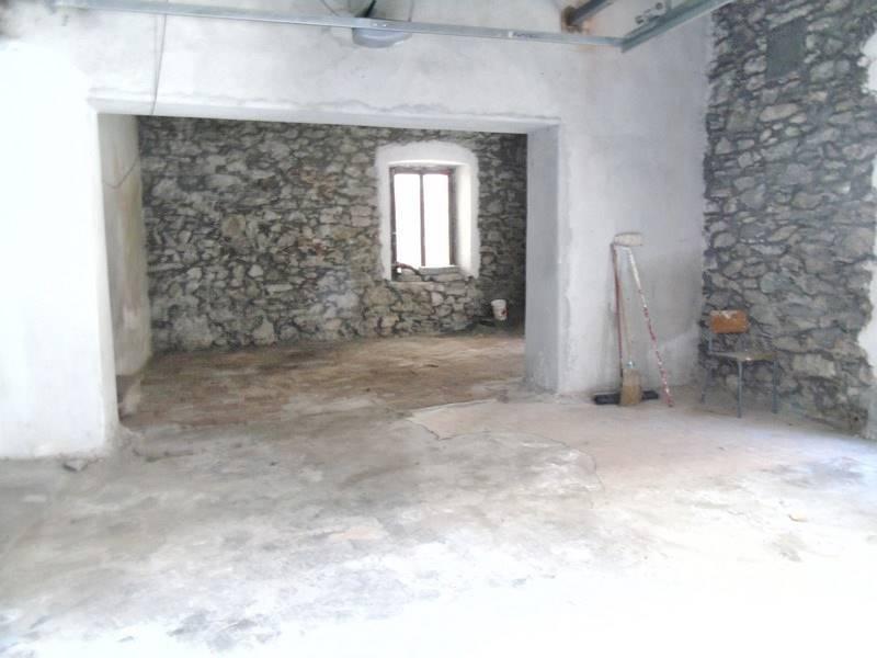 Appartamento in vendita a Verres, 2 locali, prezzo € 22.000 | CambioCasa.it