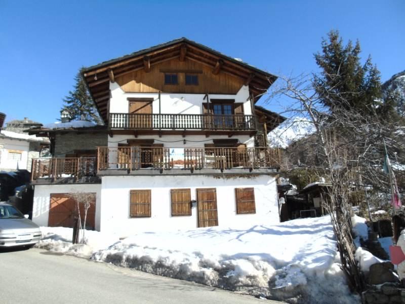Appartamento in vendita a Oyace, 5 locali, prezzo € 148.000 | CambioCasa.it