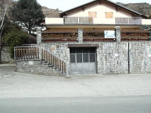 Magazzino in vendita a Quart, 2 locali, zona Zona: Villair, prezzo € 70.000 | CambioCasa.it