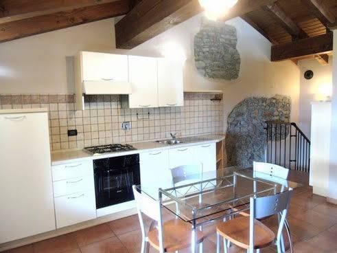 Appartamento in vendita a Nus, 3 locali, zona Località: PRAILLE, prezzo € 80.000 | CambioCasa.it