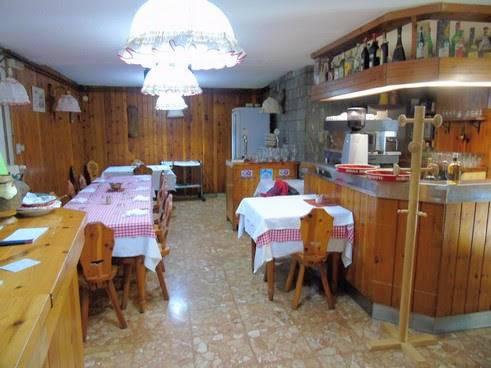 Ristorante / Pizzeria / Trattoria in vendita a Saint-Vincent, 3 locali, prezzo € 50.000 | CambioCasa.it