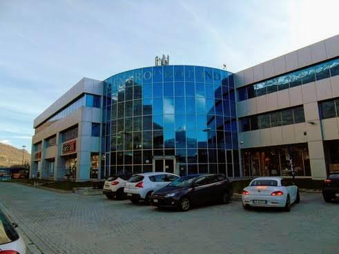 Ufficio / Studio in vendita a Quart, 6 locali, prezzo € 250.000 | CambioCasa.it
