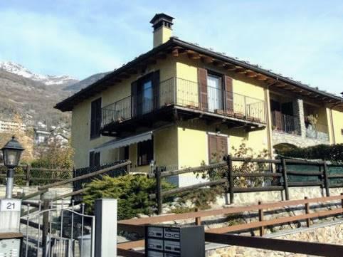 Soluzione Indipendente in vendita a Quart, 3 locali, zona Zona: Villair, prezzo € 222.000 | CambioCasa.it