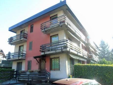 Appartamento in vendita a Saint-Vincent, 5 locali, prezzo € 198.000 | CambioCasa.it