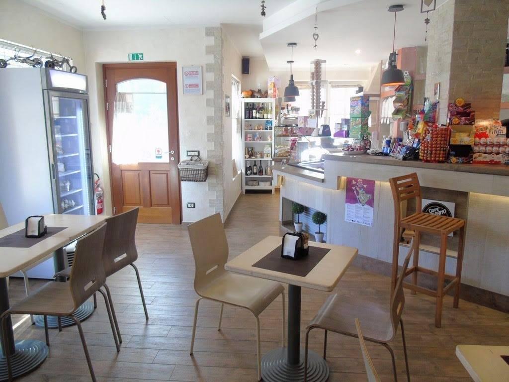 Bar in vendita a Quart, 3 locali, zona Zona: Villair, Trattative riservate | CambioCasa.it