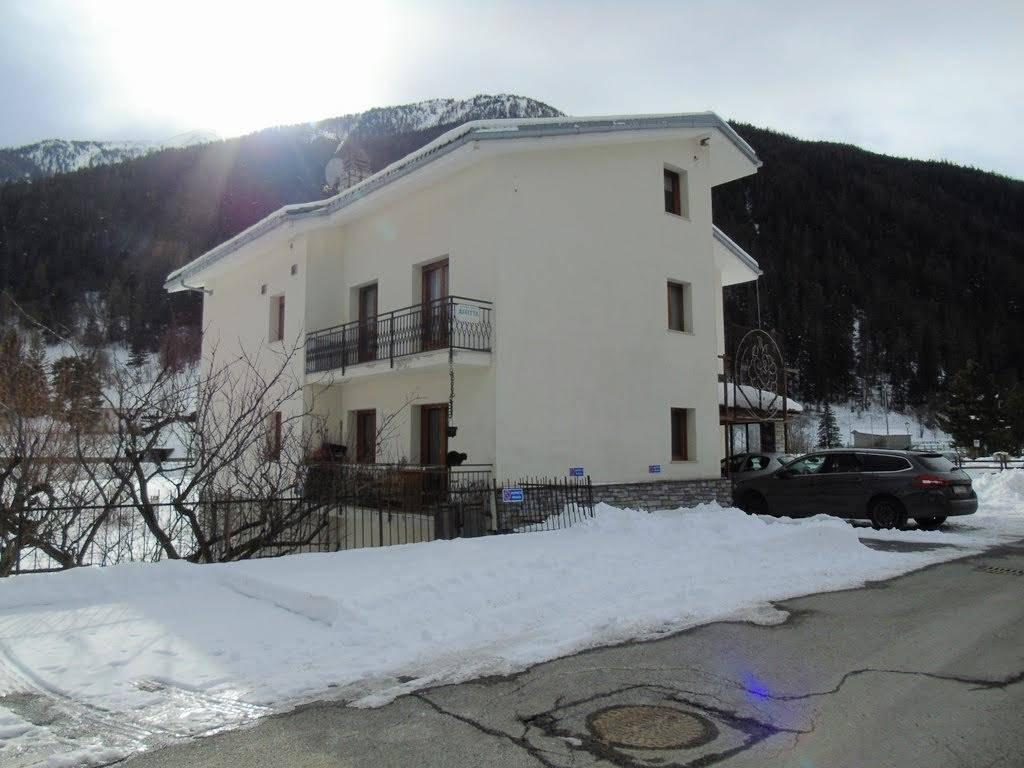 Appartamento in affitto a Etroubles, 2 locali, prezzo € 380 | CambioCasa.it