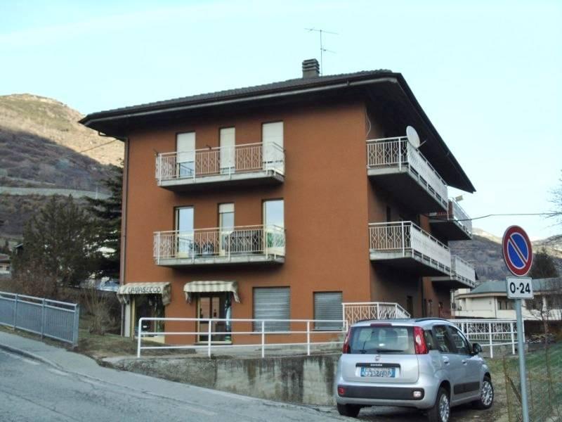 Appartamento in vendita a Nus, 5 locali, prezzo € 149.000 | CambioCasa.it