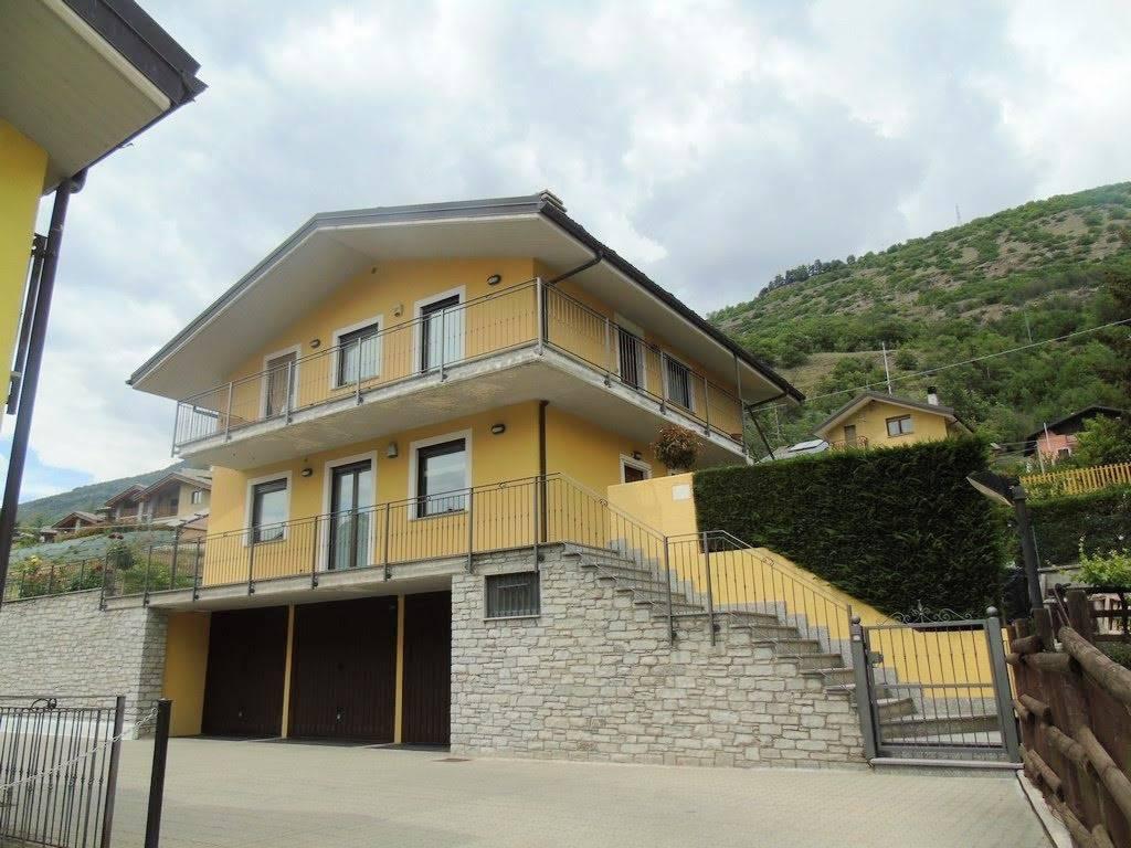 Appartamento indipendente in Località Vallerod, Villair, Quart