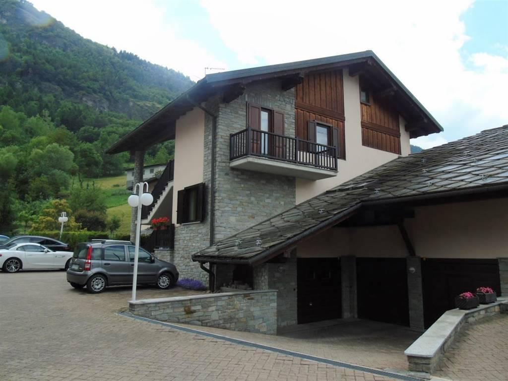 Appartamento in vendita a Pollein, 5 locali, zona Zona: Capoluogo, prezzo € 285.000   CambioCasa.it