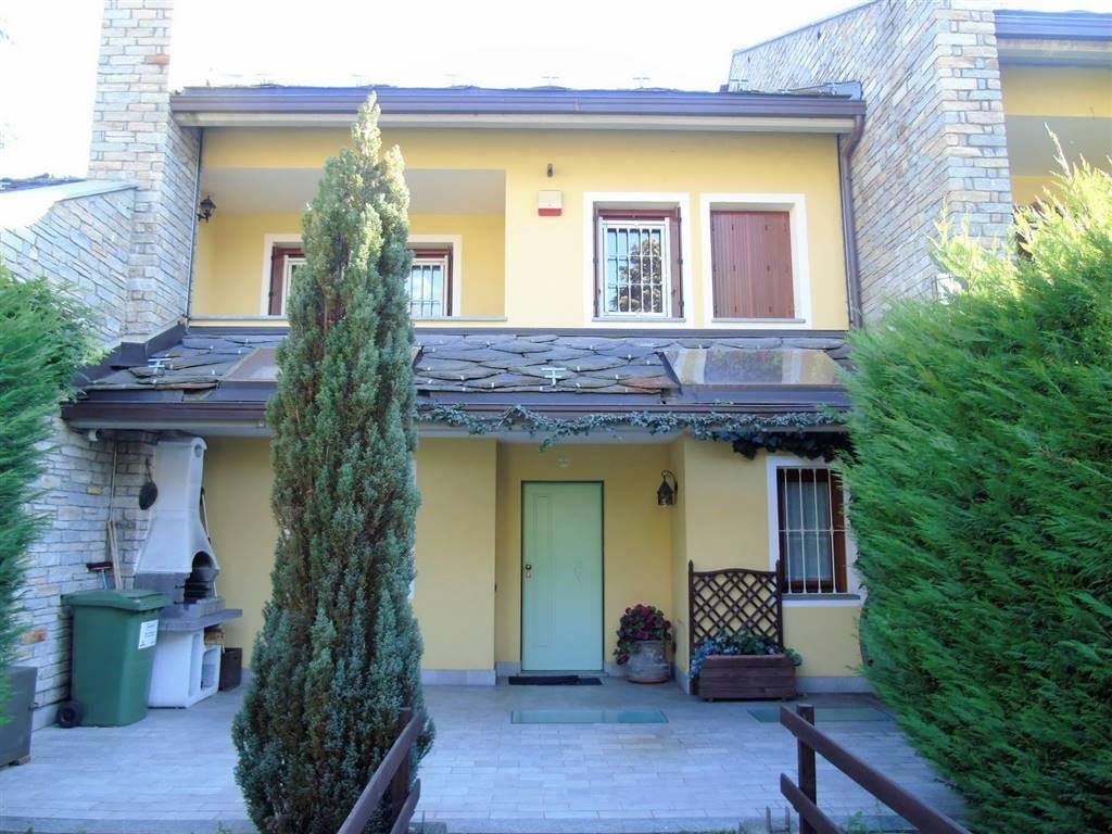 Villa a schiera in Porossan, Zona Collinare, Aosta
