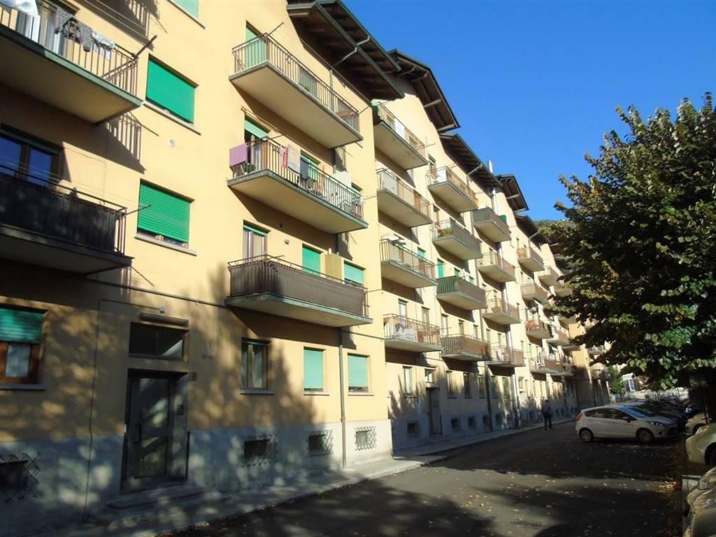 Appartamento in vendita a Aosta, 5 locali, zona Zona: Centro, prezzo € 105.000   CambioCasa.it