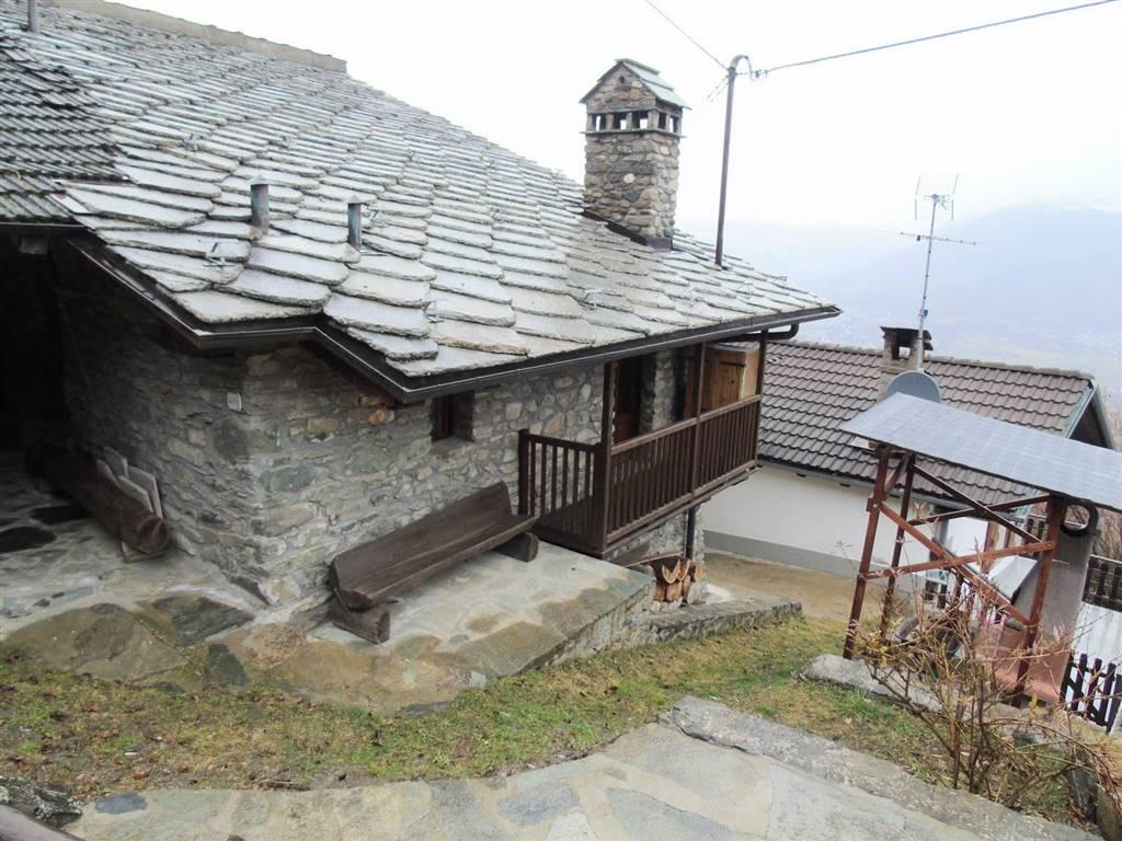Appartamento in vendita a Charvensod, 3 locali, prezzo € 94.000   CambioCasa.it