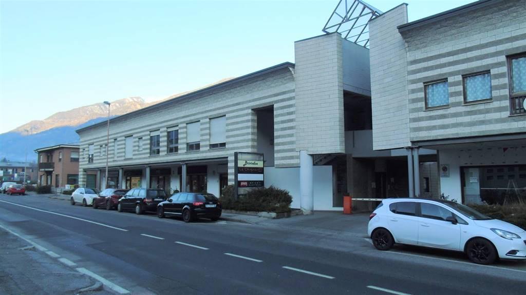 Ufficio / Studio in affitto a Aosta, 5 locali, zona ro, prezzo € 1.000 | PortaleAgenzieImmobiliari.it